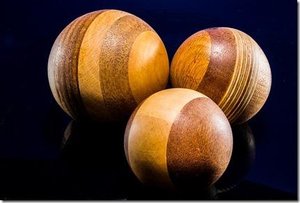 wooden-ball-214396_640